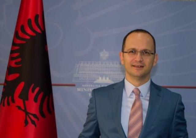 "Op-Ed/""When is a region a true region? Some thoughts on the Western Balkans"""