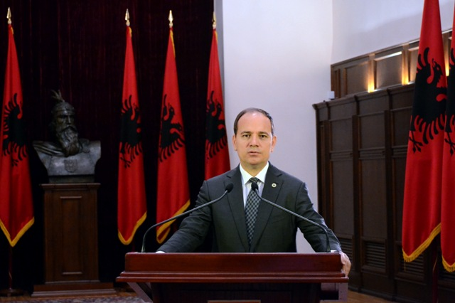 Albanians must not sell their vote, appeals the President of Republic