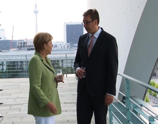 Merkel 'to visit Serbia'