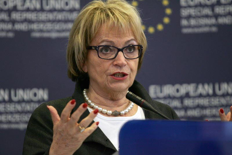 Kosovo should be removed from the Constitution of Serbia, says MEP Pack