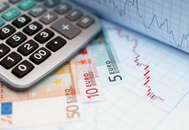 Greek government contemplates tax on banking transactions