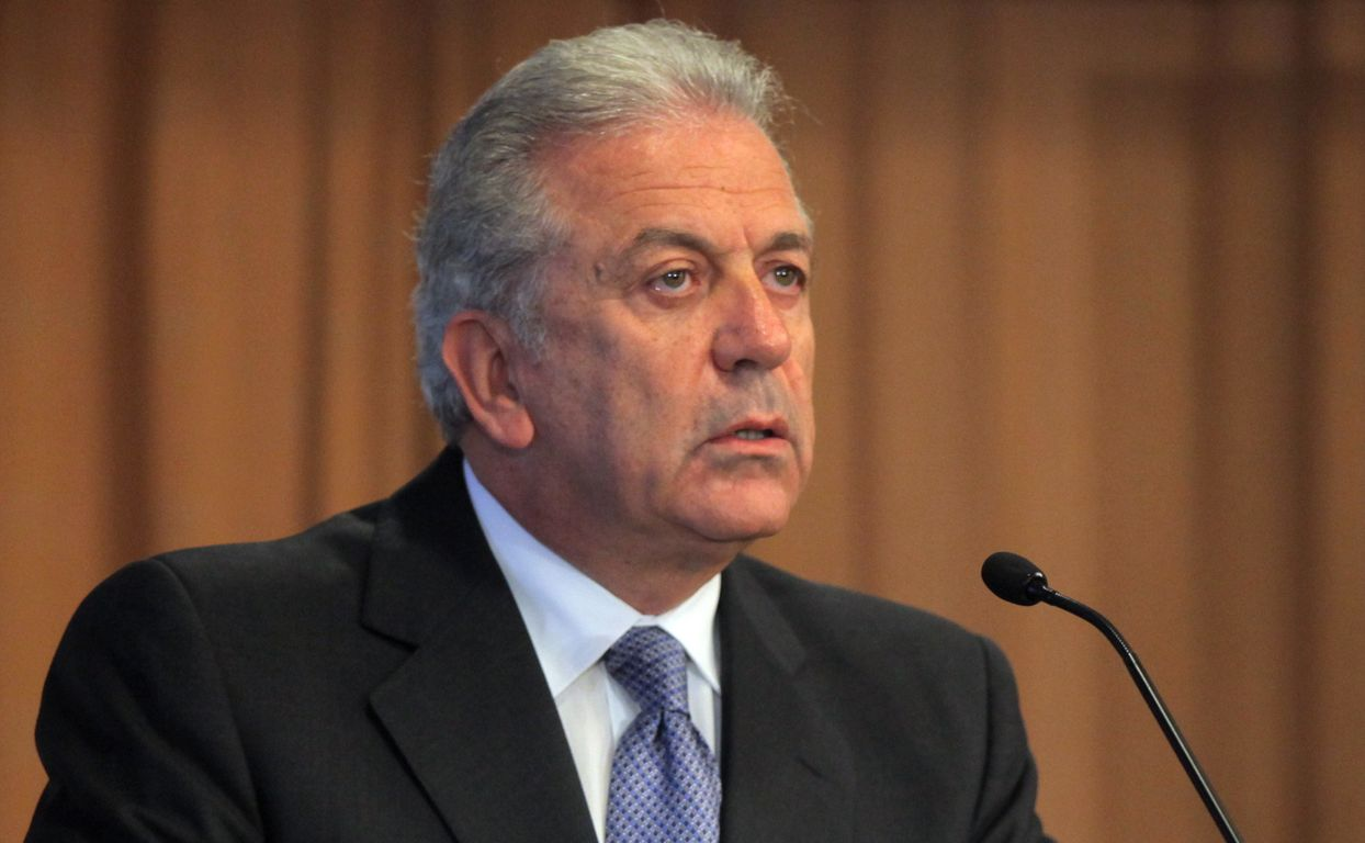 Avramopoulos makes statement on immigration and tackling terrorism