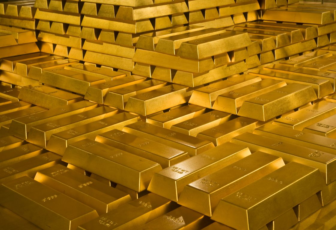 The Greeks resort to the safe haven of gold
