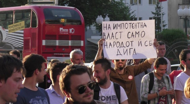 Voices for the urgent resignation of the government in FYROM grow