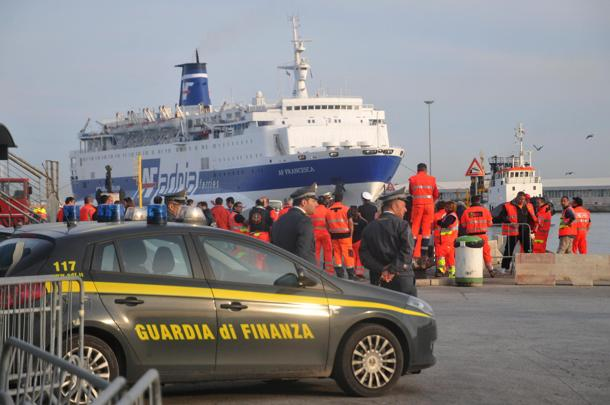 Fire in the passengers' ferry travelling from Bari to Durres VIDEO