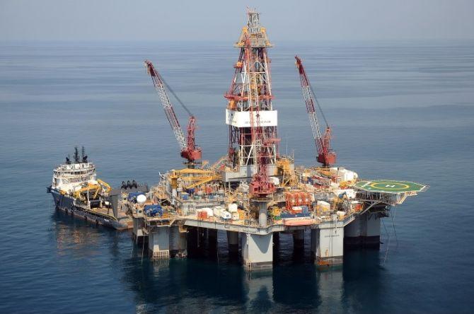 Bulgaria invites ExxonMobile to bid for Black Sea exploration licences
