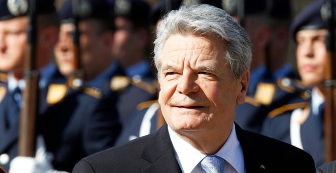 Gauck: We should examine the request for war reparations