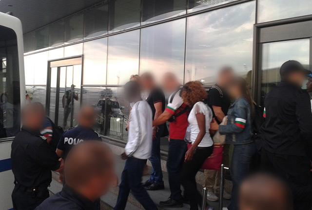 Bulgaria expels 18 illegal migrants to countries of origin