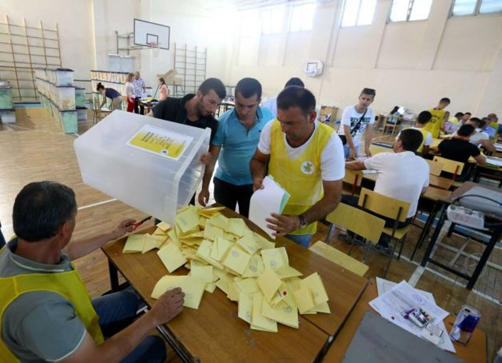 Counting ends in most of polling stations, the left wing dominates