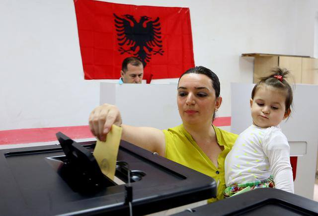 Local government elections in Albania end without any problems