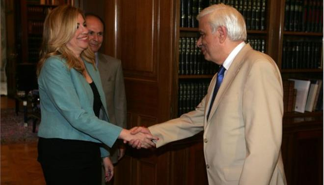 Pavlopoulos: 'National front to ensure the country's path to Europe'