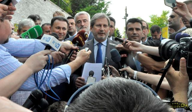 Fresh elections in FYROM in April 2016, says EU commissioner Hahn