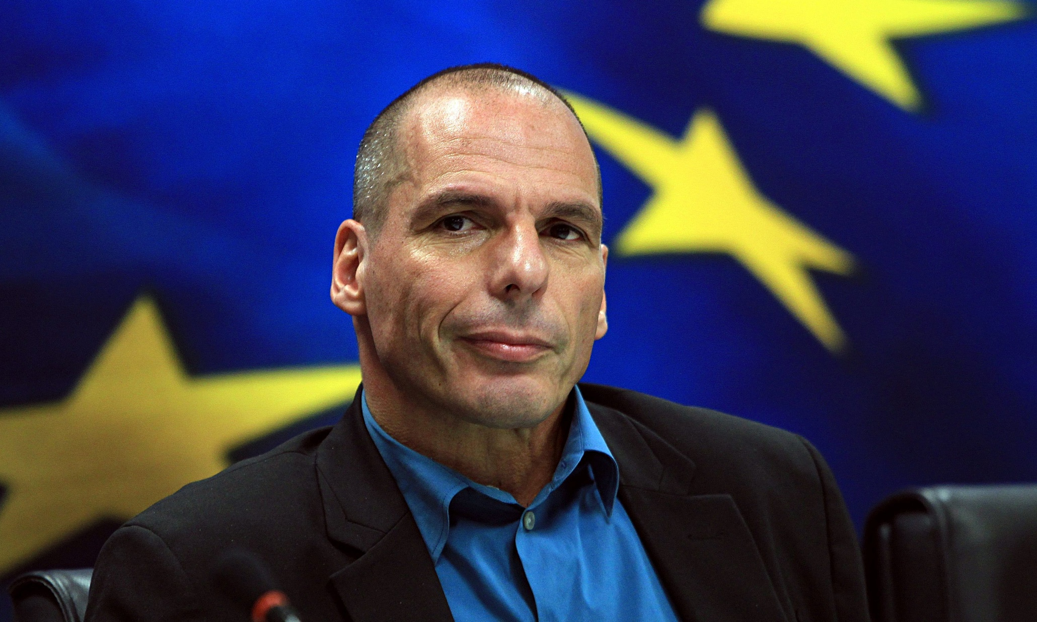 British economists and commentators split over Varoufakis's 'Plan B'
