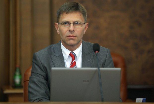 Nikolic: Hungarian fence will redirect refugees to Bosnia and Croatia