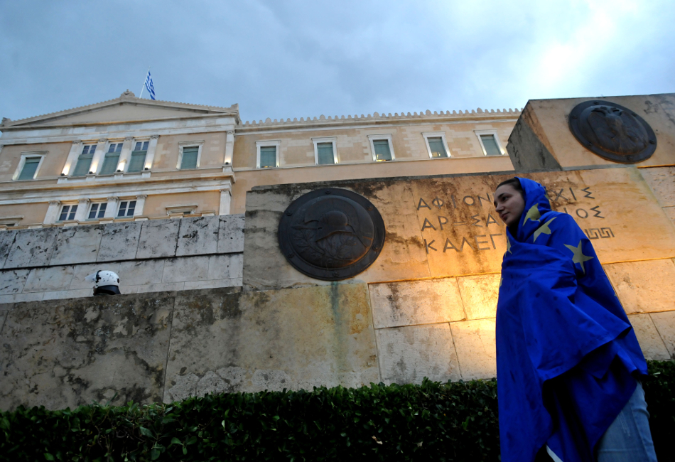 The Greeks do not trust the political and economic system of the country
