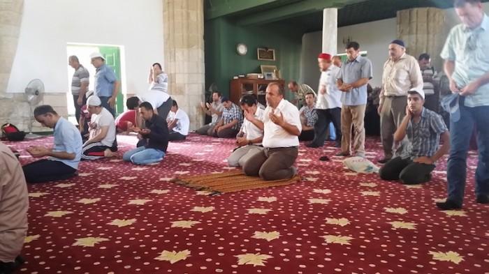 Turkish Cypriot pilgrims celebrate Ramazan