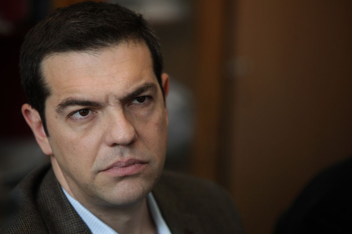 Tsipras speaks against the dissidents