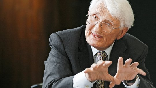 Strong criticism from Habermas to Merkel