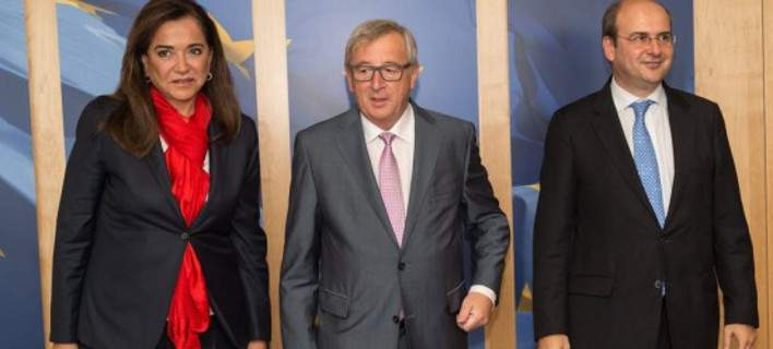 Bakoyannis and Chatzidakis met with Juncker in Brussels to back the agreement
