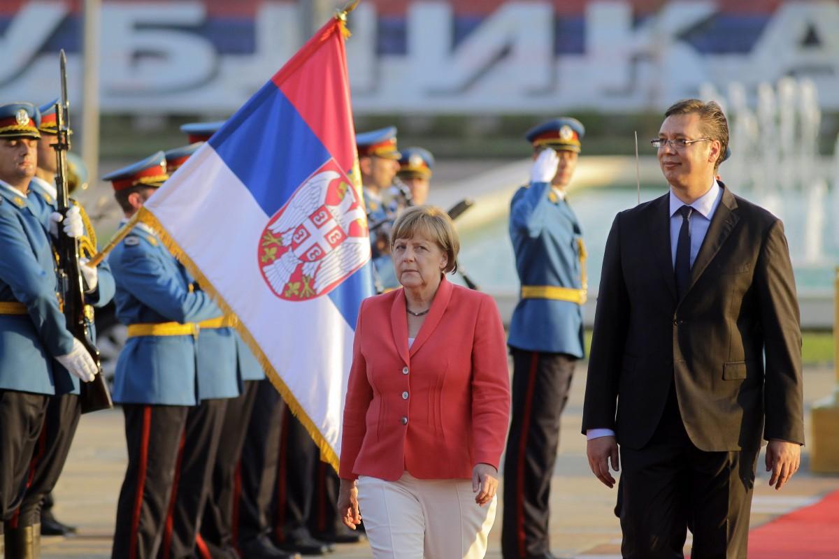 Merkel in Belgrade praises Serbia for the dialogue with Pristina