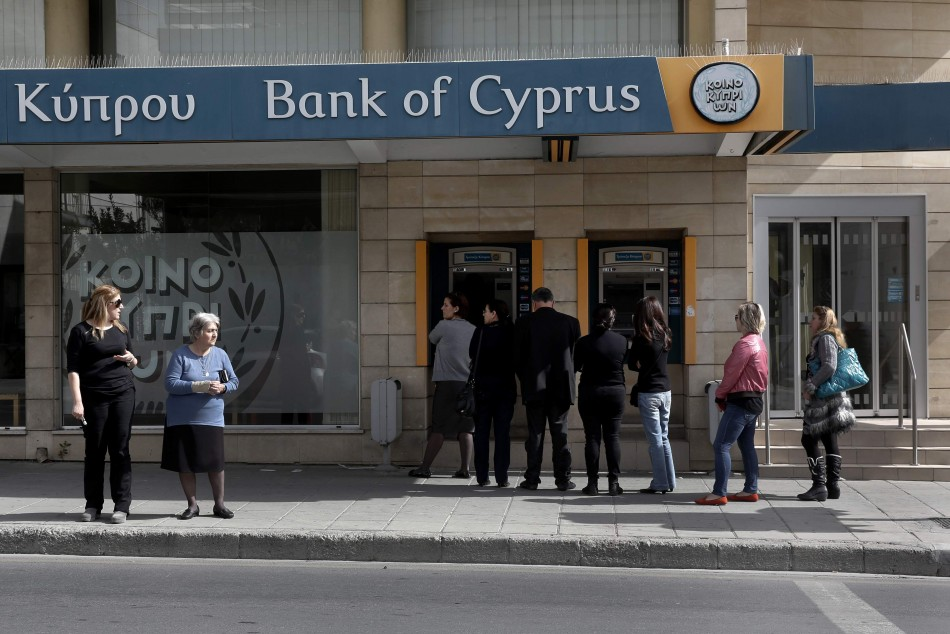 'No fears for Cypriot banks' contagion from Greece'