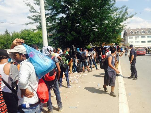 Refugee crisis in FYROM continues