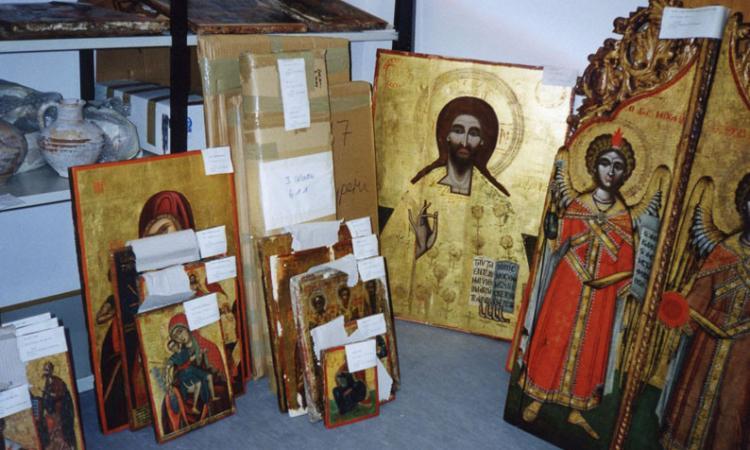 Looted church treasures return to Cyprus