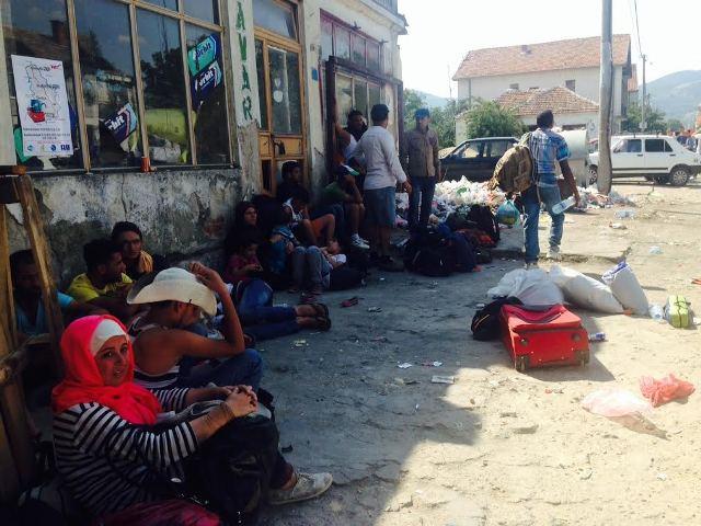 Number of refugees entering FYROM goes up