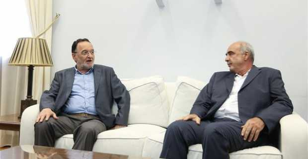 Meimarakis – Lafazanis ask for the convening of the council of political leaders