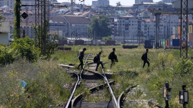 Bulgaria asks Serbia for clarity on Dačić views on migrants