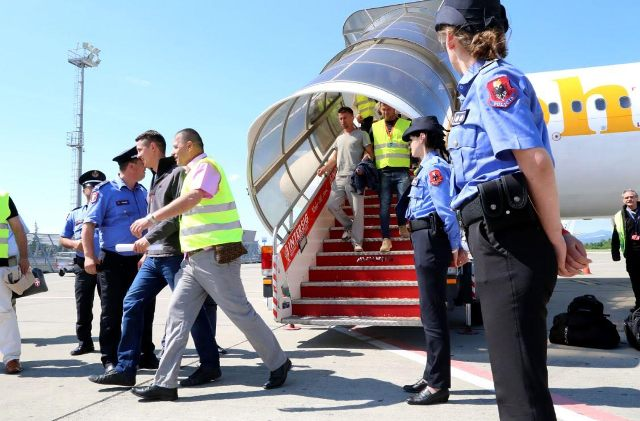 Germany books 11 charter flights for the repatriation of Albanians