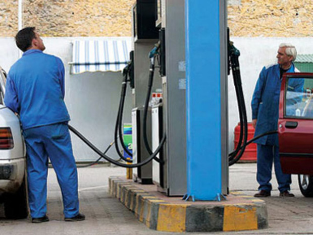 Contraband of fuel and high prices are damaging Albanians