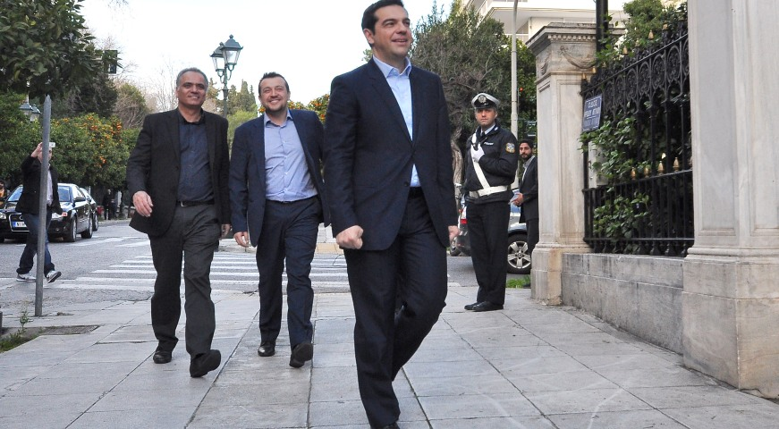 Tsipras: Allowances of MPs to be taxed – Reductions to the wages of Ministers