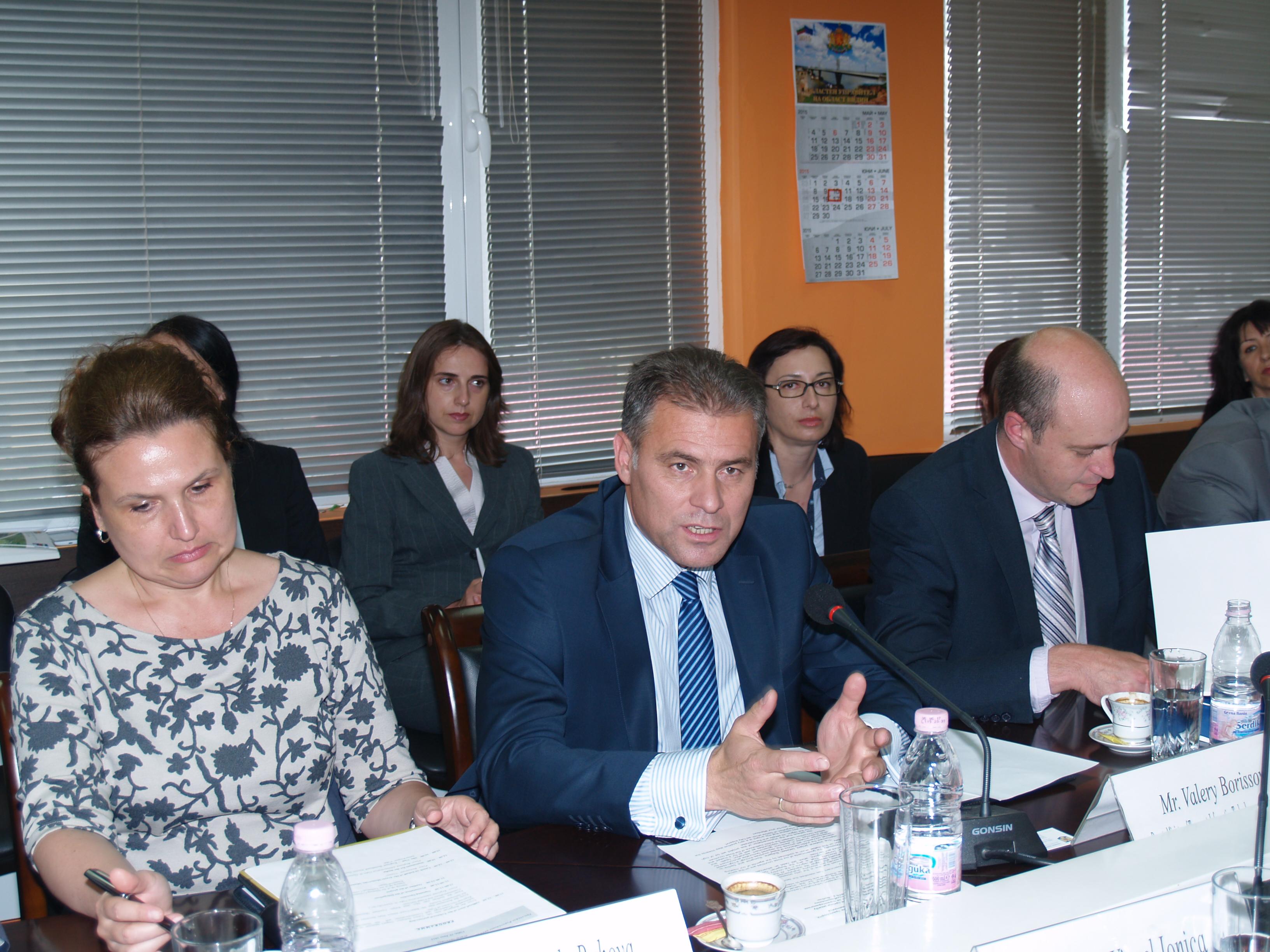 Bulgaria, Romania, Serbia officials meet to discuss telecom links