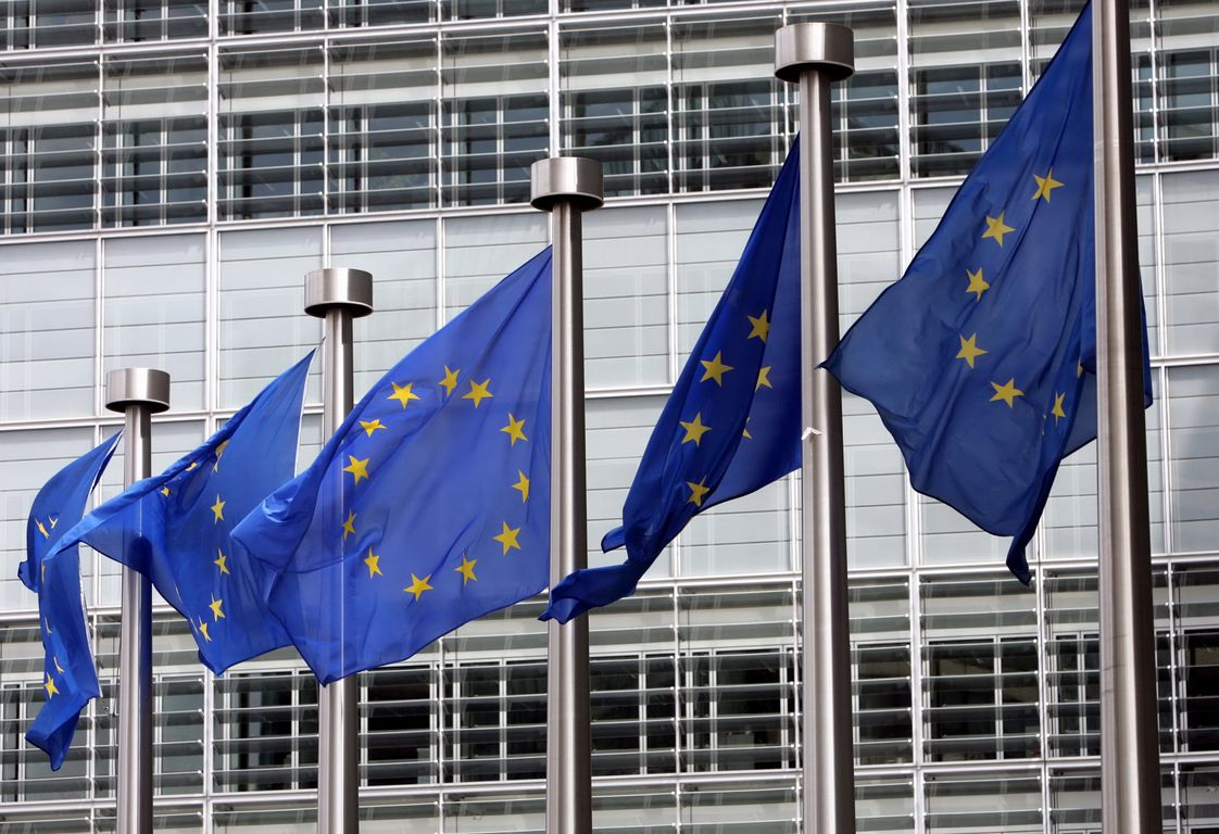 European Commission: Realistic target the first disbursement from the ESM before August 20