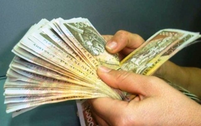 Financial situation in Albania, according to the government, opposition and IMF
