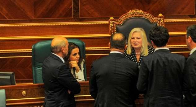 Kosovo's parliament is expected to vote the Special Tribunal today