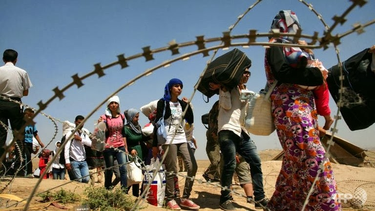Over 100,000 refugees/migrants in August