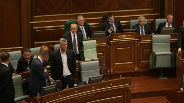 Opposition attacks PM Isa Mustafa, parliamentary session suspended