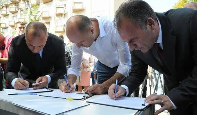 Opposition starts a petition against the Association and demarcation with Montenegro