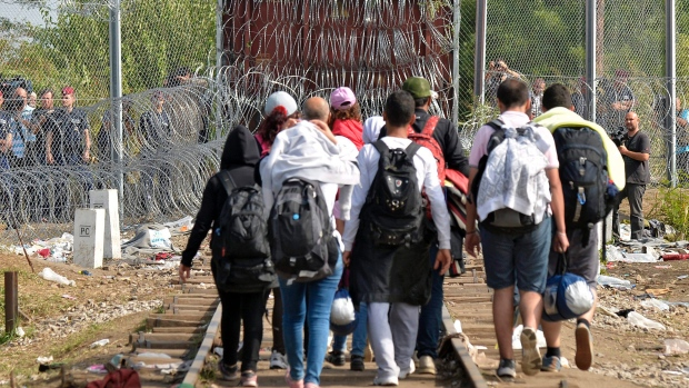 Refugees in Serbia redirected to Croatia