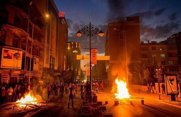 Tensions rise in Turkey