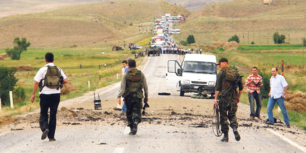 Twenty nine dead soldiers and police officers from the attacks of the PKK