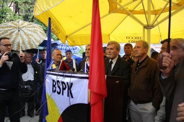 Union members demand an increase in minimum wage in Kosovo