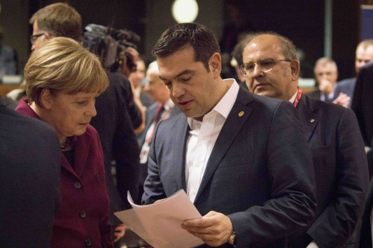 Tsipras: Three absurd recommendations for the refugee crisis were rejected
