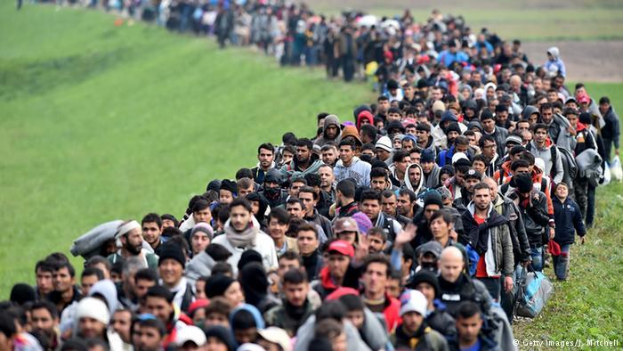 Bulgaria, Serbia and Romania threaten to close borders