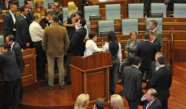 Political crisis damages Kosovo's European integration process