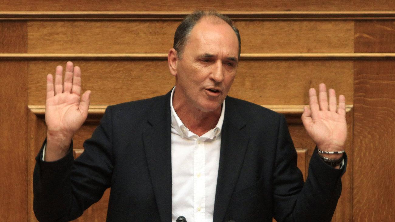 Economy Minister Stathakis admits he failed to declare 1 million euros