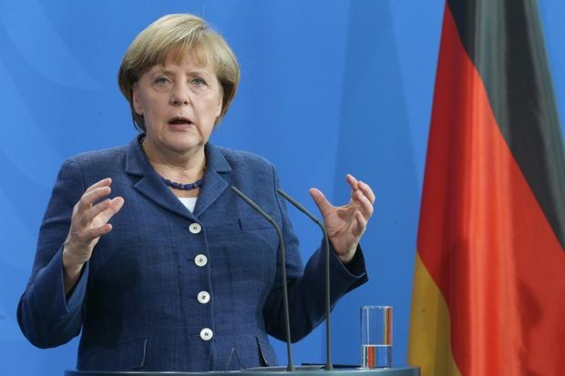 Merkel rushes to Ankara