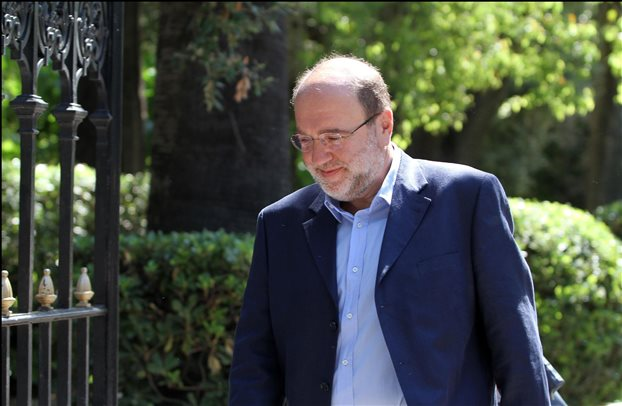 Tryfon Alexiadis: We will tax property owned by Greeks abroad